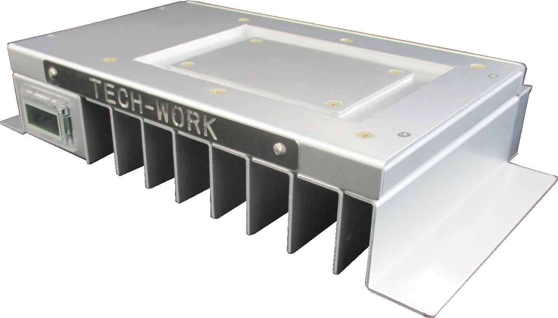 ほこりを出さずに安全キャビネット内で加熱・冷却のできる細胞シート積層転写装置